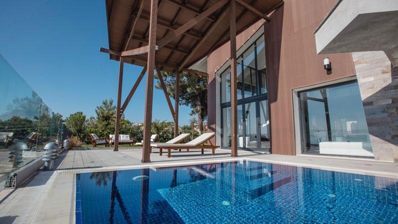 Elegant contemporary architecture